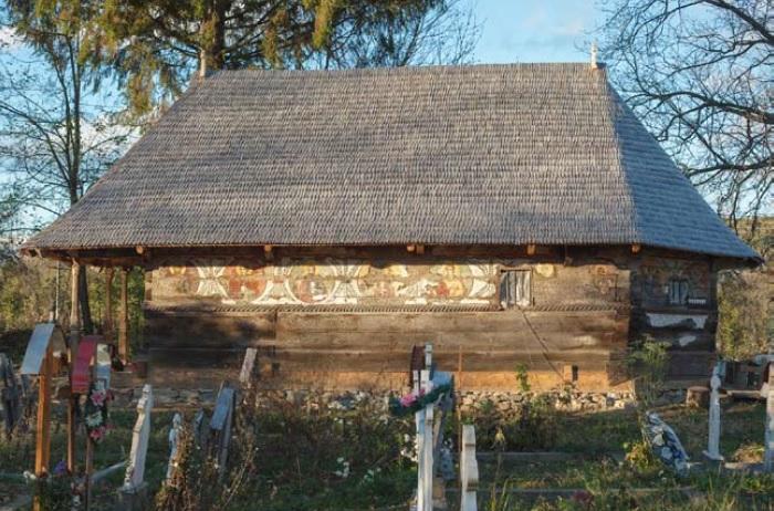 Foto: Biserica refăcută de la Urşi / Pro Patrimonio